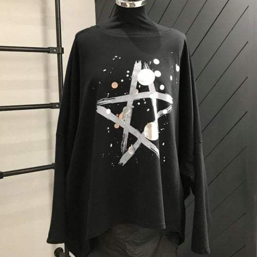 Fabulous Black Star Top With Silver Circles